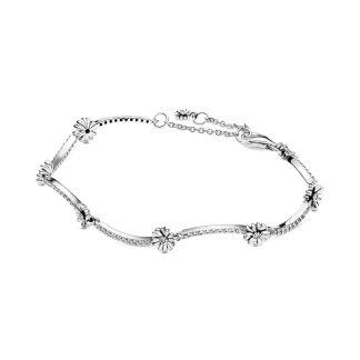 Sprankling Daisy Flower Bracelet